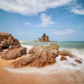 Kemasik Beach, Terengganu by Syahidee Omar - Landscapes Beaches