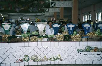 Photo: 03116 ウランバートル/風景/ダライ・エージ(海の母)/食料品専門の市場/野菜