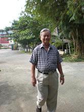 Photo: Mừng Thầy Đức vẫn khỏe để mỗi năm về họp mặt với gia đình NLSBD (Thầy 76 tuổi rồi nhé! )