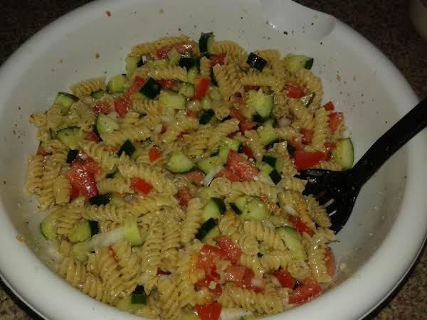 Simple & Easy Pasta Salad Recipe