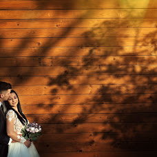 Wedding photographer Husovschi Razvan (razvan). Photo of 25.10.2018