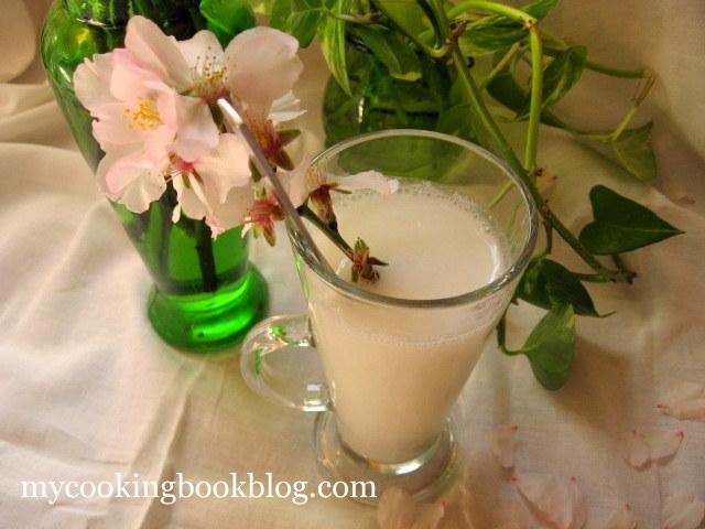 Сумада (Σουμάδα) или сироп от бадемово мляко