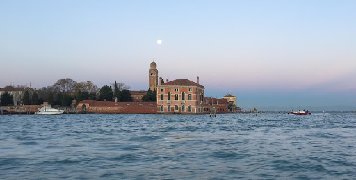 Venice-canal-at-daybreak-3.jpg - Leaving the canals of Venice and entering Laguna Veneta (Venice Lagoon) at daybreak.