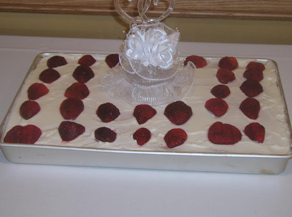 Strawberry Sheet Cake Recipe