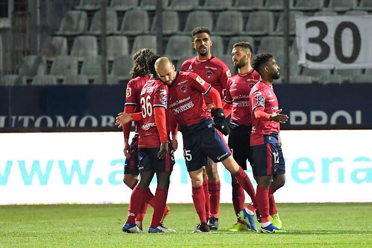 Des joueurs d'un club de Ligue 2 victimes d'insultes racistes