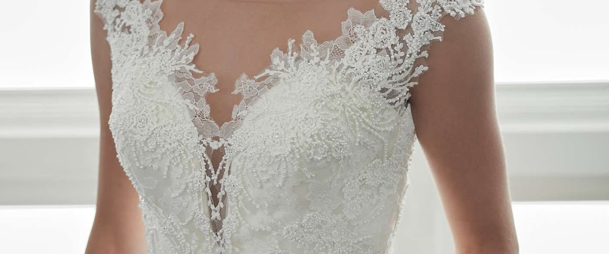 Bridal Wedding Dresses Aberdeen | Anna Lizh Bridal Couture