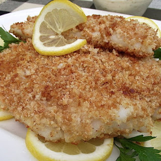 CRISPY BAKED FISH WITH HOMEMADE TARTAR SAUCE.