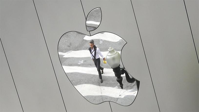 Apple plans to pull some older iPhone models from its German stores.