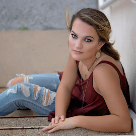 Jordan by Carole Brown - People Portraits of Women ( senior girl, sitting on stairs, hazel eyes, torn jeans, brown hair )