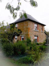 ferme à Ruillé-le-Gravelais (53)