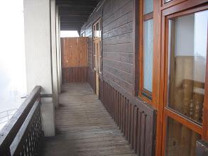 Photo: 01.Na balkonie schroniska Trzy Korony (470 m).
