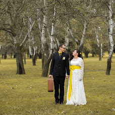 Wedding photographer Ilya Karlov (DUBSOLO). Photo of 16.10.2013