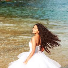 Wedding photographer Yuliya Timofeeva (YuliaTimofeeva). Photo of 25.11.2014
