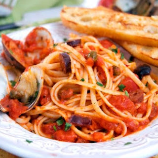 Linguine with Steamed Clams