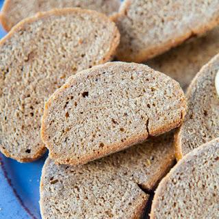 Outback Steakhouse Wheat Bread {Copycat Recipe- vegan}