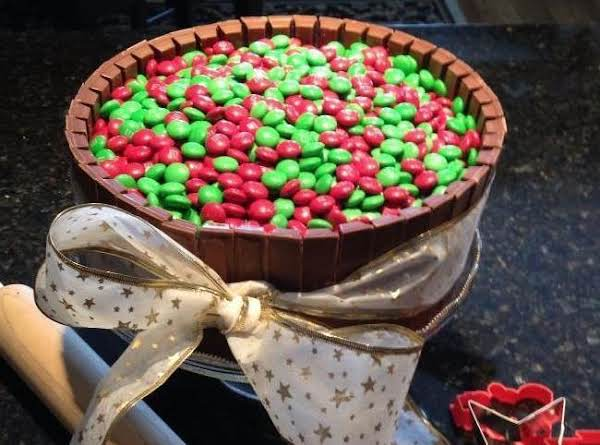 Christmas Kit Kat And M&m Cake.  You Can Change It Up For Any Season... Thanksgiving, Easter, Valentine's Day, Etc.