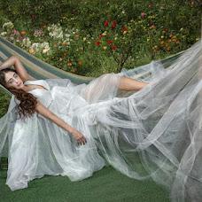 Wedding photographer Olga Vayslev (DEOL). Photo of 08.05.2018