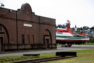 Photo: (Year 2) Day 346 - Another Building and a Boat in Astoria