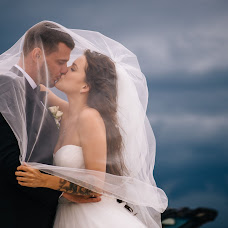Wedding photographer Ayrat Sayfutdinov (Ayrton). Photo of 16.12.2017
