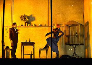 Photo: Wien/ Theater in der Josefstadt: FRÄULEIN JULIE von August Strindberg. Premiere 6.10.2015. Inszenierung: Anna Bergmann. Sona MacDonald, Florian Teichtmeister. Copyright: Barbara Zeininger
