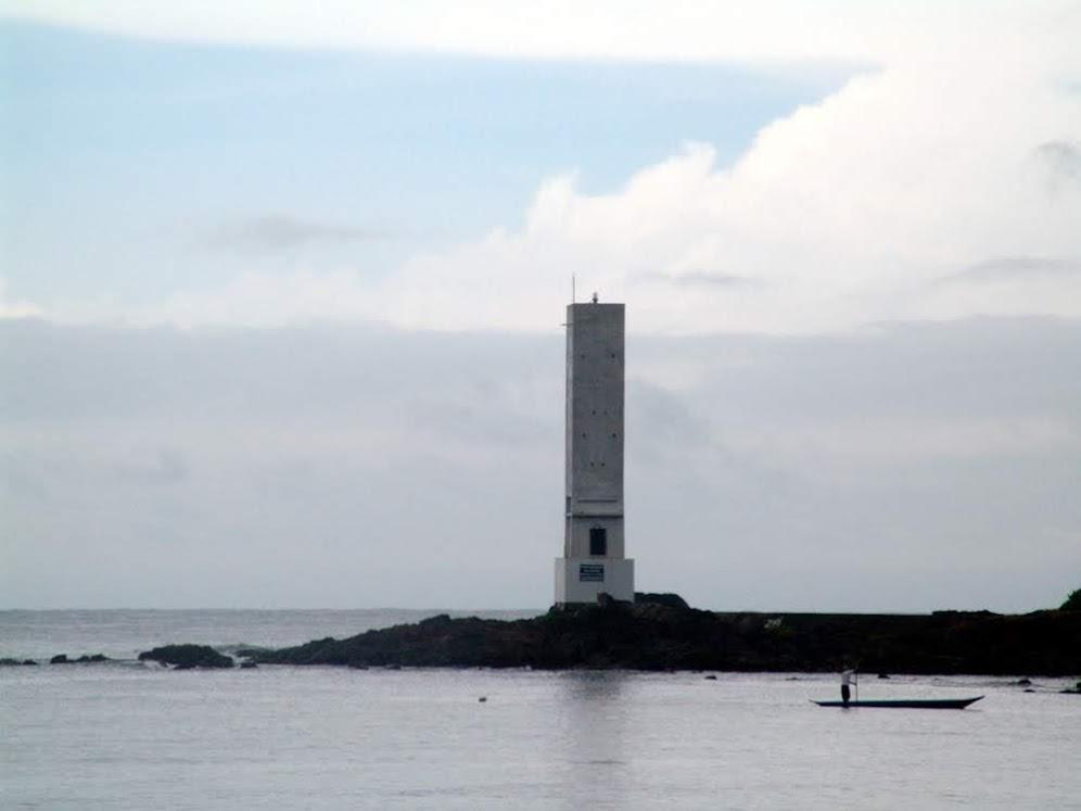 Farol Contas, Bahia