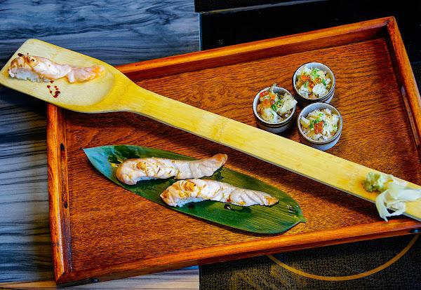 小船槳炙鮭魚握壽司!物超所值日式套餐-江戶龍壽司