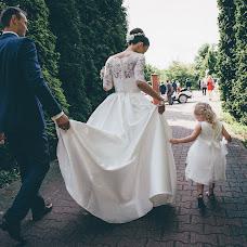 Wedding photographer Bartosz Kowal (LatajacyKowal). Photo of 12.02.2017