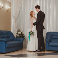 Wedding photographer Alena Kalashnikova (Petisha). Photo of 14.10.2014