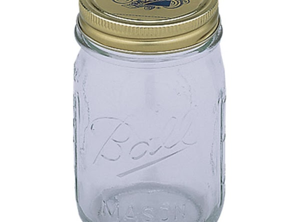 MASON JAR These large square containers are effective in keeping their contents sealed in an...