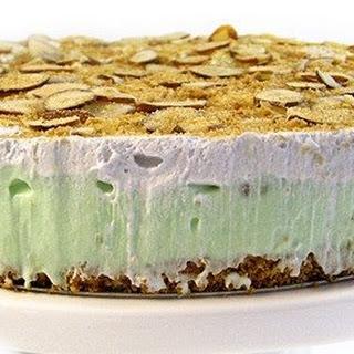 Skinny Pistachio Almond Pudding Pie