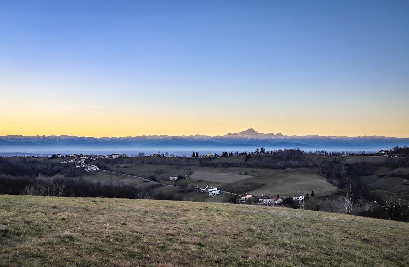 la nebbia sotto il RE di LAESTI