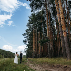 Wedding photographer Anya Piorunskaya (Annyrka). Photo of 09.08.2017