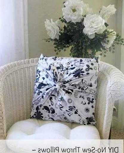 DIYの装飾的な枕のデザイン