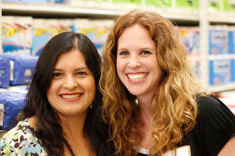 Photo: I was very happy to meet my fellow blogger Shannon from TheMommy-Files.com