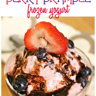 Berry Bramble Frozen Yogurt with Chocolate Sauce