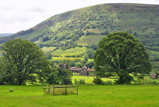 Photo: Llanthony Abbey