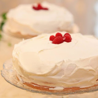Raspberry Champagne Cream Cake
