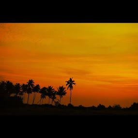 Mersing Sunrise by Ediyal Djamalus - Instagram & Mobile Instagram