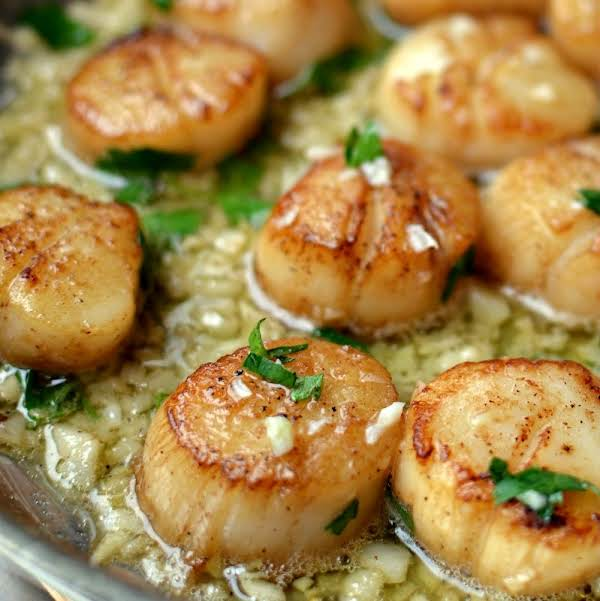 These Scrumptious Garlic Lemon Butter Seared Scallops Are Honestly The Best Way To Prepare Scallops.  I Have Tried Other Ways And They Are Good But No Comparison To These Delicacies.
