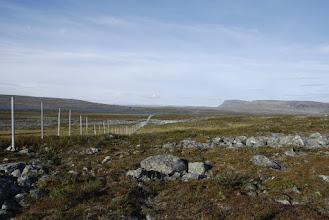 Kuva: Aamulla matka jatkui Saarijärveltä luoteeseen ja valtakunnan raja ja ainakin poroaita tuli tällä kertaa alitettua