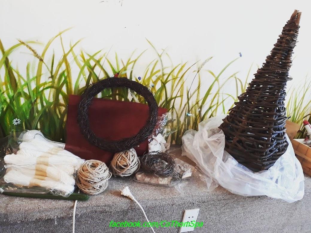 Trang trí noel 2017 - Spa gội đầu và dưỡng tóc thảo dược Cỏ Thơm