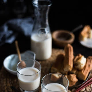 Homemade Soy Milk (with Soy Milk Maker, 豆浆).
