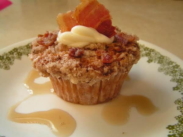 Grannie Styles' Maple Bacon Praline Muffins Recipe