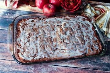 Apple Spice Cinnamon Swirl Coffee Cake Recipe