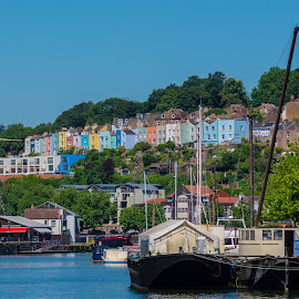Bright houses by James Booth - City,  Street & Park  Historic Districts ( harbour, uk, bristol )