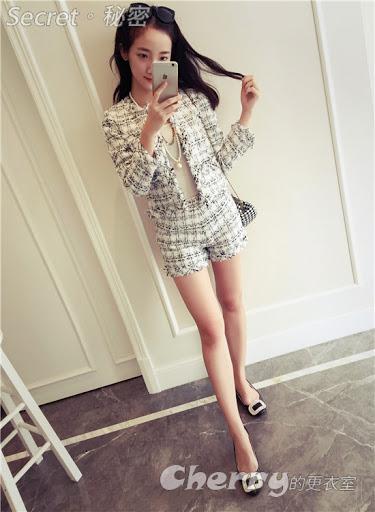 韓版毛呢格子短外套+鬚鬚邊短褲套裝