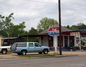 Photo: Elvis ate here! BBQ joint in East Texas