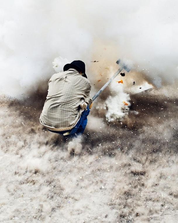 A festa da marreta explosiva de San Juan de la Vega