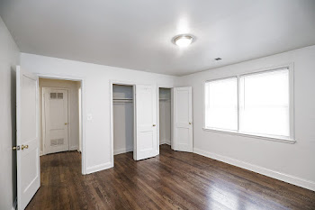Go to One Bedroom Large Renovated Floorplan page.