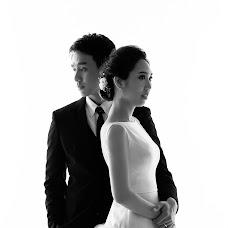 Wedding photographer Wedprachit Saeueng (loveroom). Photo of 13.12.2017